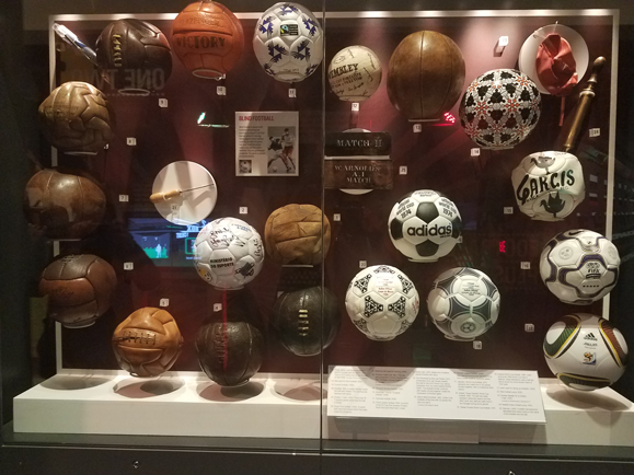 Balls from football World Cups