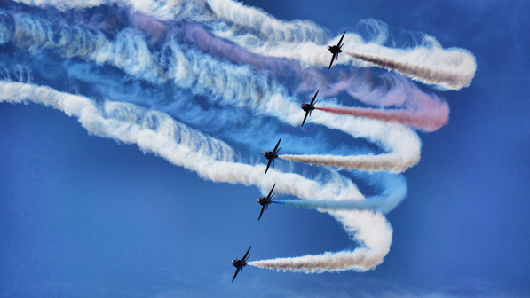 Bournemouth air festival by Ian Kirk is licensed under CC BY- 2.0