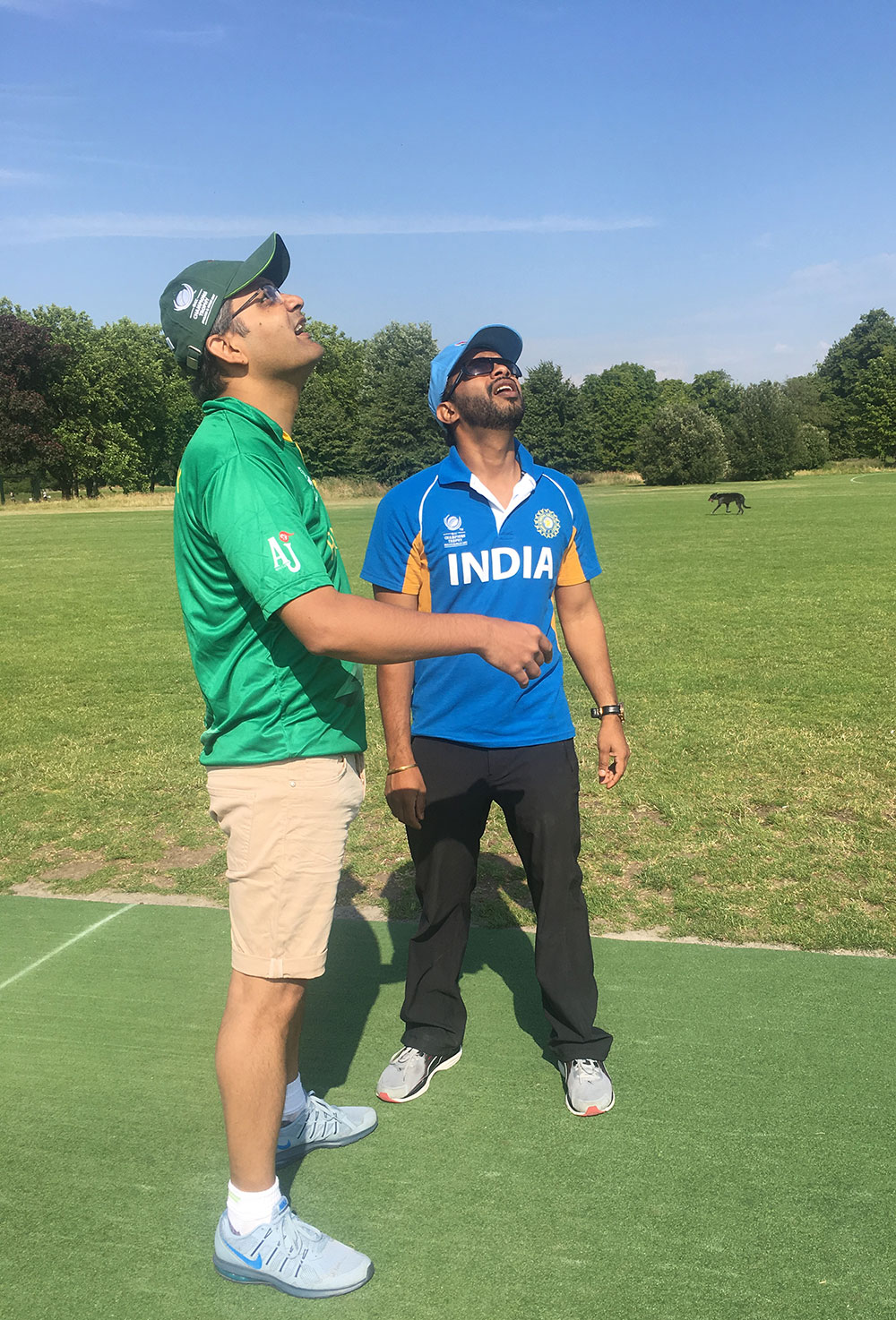 Captains Nauman Yousuf and Ravi Kant Gupta toss the coin