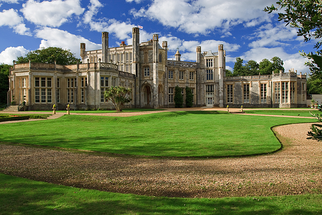 Highcliffe Castle by Mike Searle  is licensed under CC BY-SA 2.0