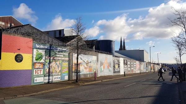 International peace wall